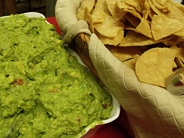 Hatch Chile Guacamole and Flash Fried Corn Tortilla Chips