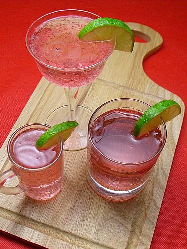 Easy Pomegranate Lime Mocktail