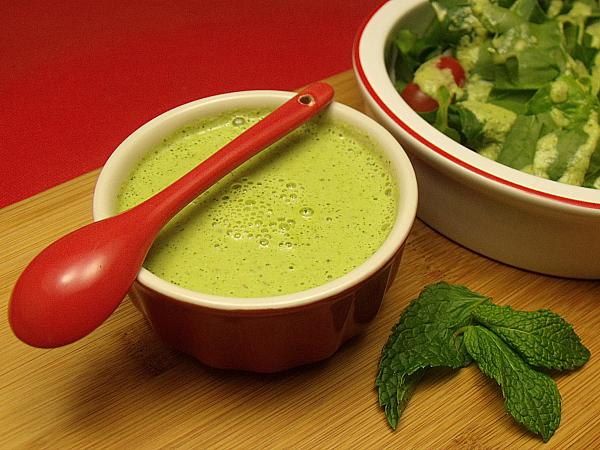 Creamy Cucumber Mint Salad Dressing