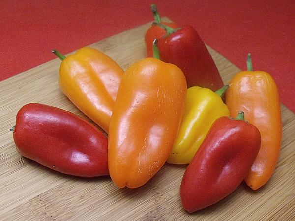 Melissa's Veggie Sweet Mini Peppers