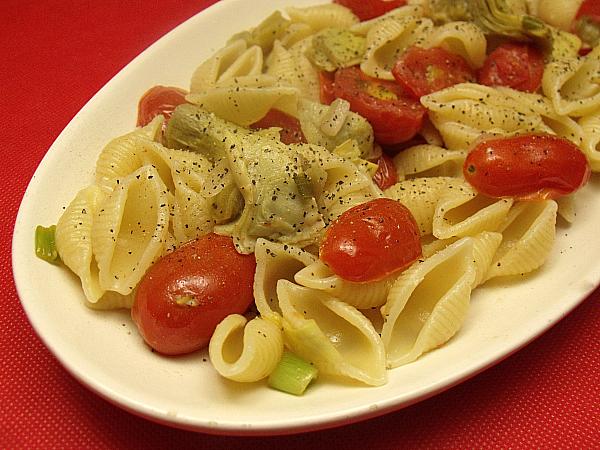 Pasta with Artichoke Hearts and Grape Tomatoes | Mama ...