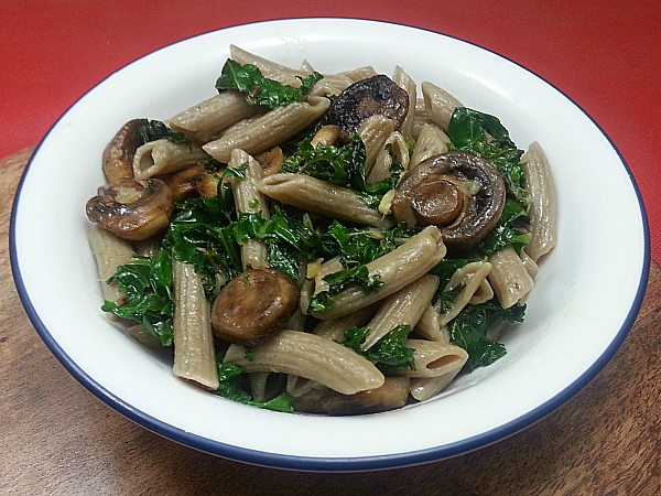 Pasta with Kale and Mushrooms
