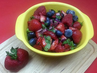 Fresh Berry Salsa