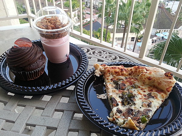 The Market - Town & Country Resort - San Diego, California