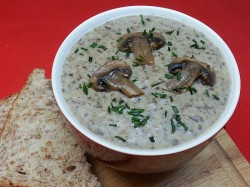 Vegetarian Cream of Mushroom Soup