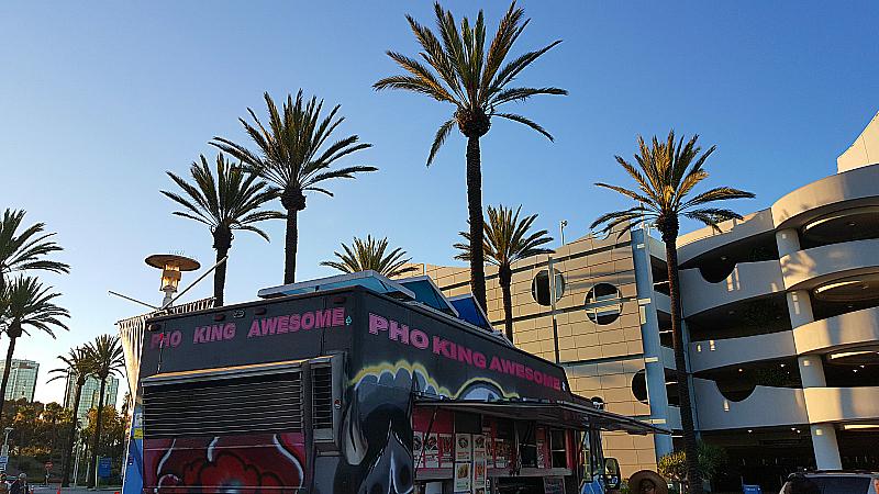 Food Trucks at the Aquarium of The Pacific