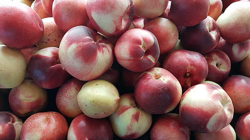 White Peaches at SoCo Farmer's Market - Costa Mesa, California