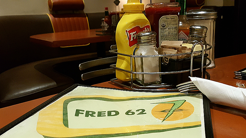 Fred 62 -  24 Hour Diner in Los Feliz