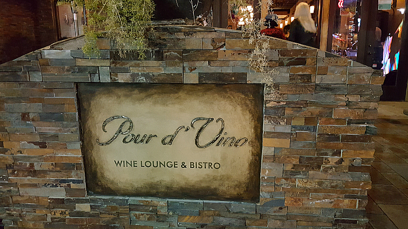 Pour d'Vino Wine Bar and Restaurant on The BLVD in Lancaster