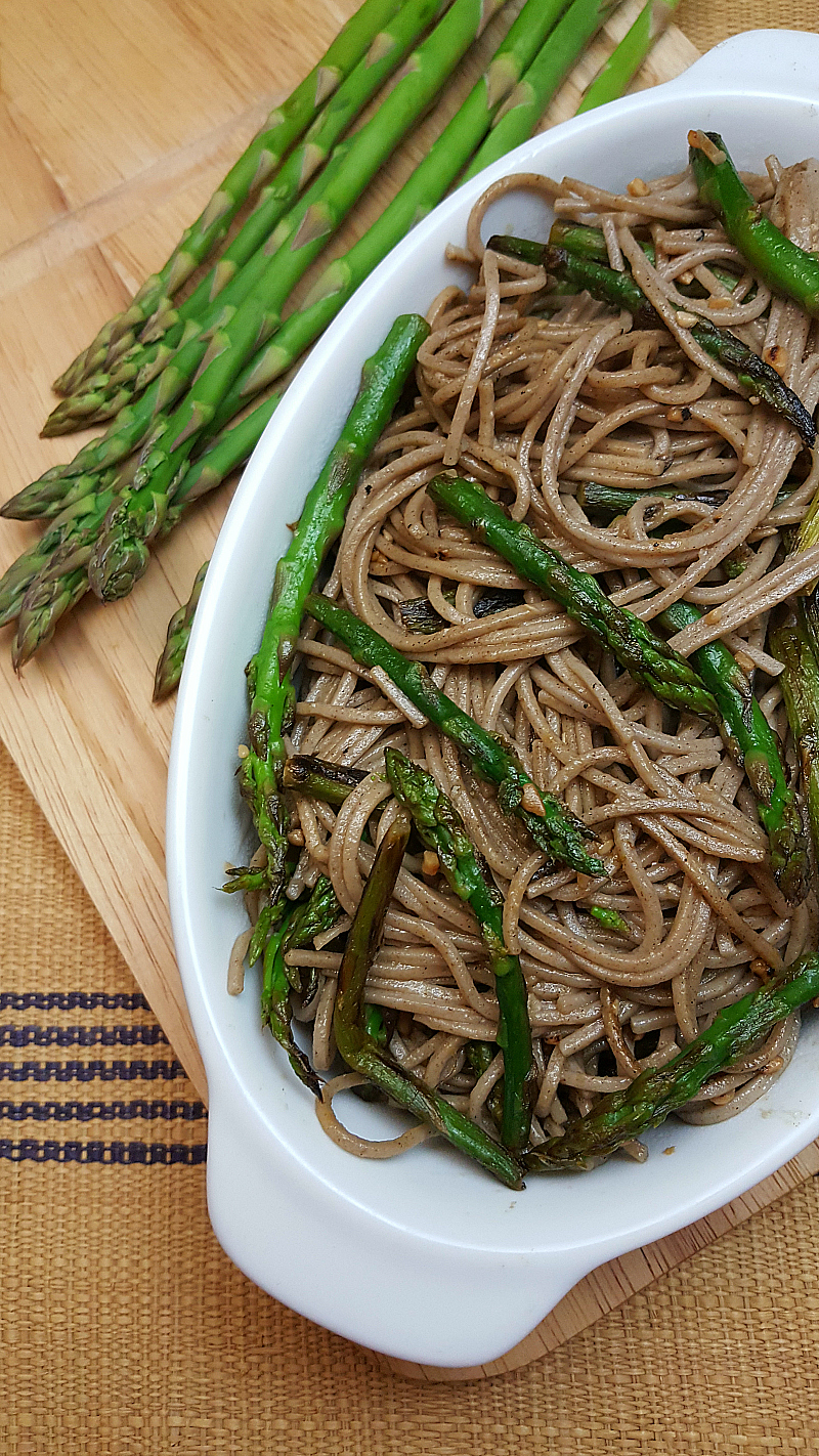 Vegetarian Lemon Garlic Asparagus with Pasta