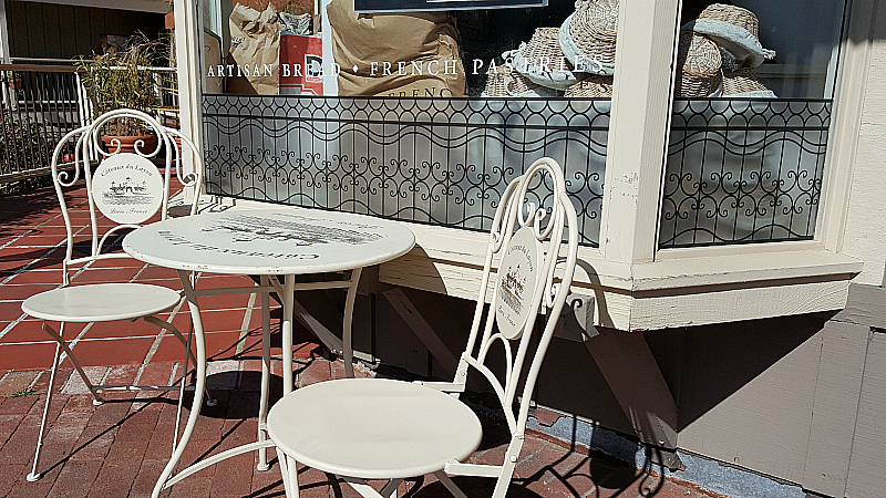 Lafayette French Bakery & Cafe at The Barnyard in Carmel By The Sea