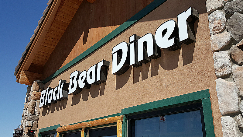 Black Bear Diner Near The Outlets at Tejon