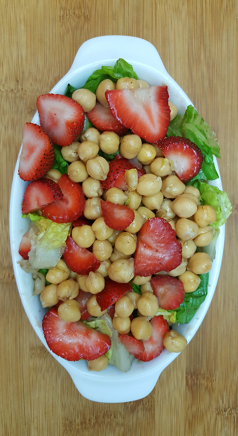 Strawberry Chickpea Salad - Easy Vegan no-cook meal that is perfect for lunch or dinner on a hot Summer day