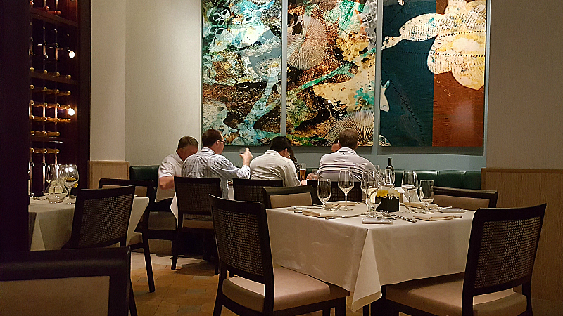 Nine-Ten Restaurant and Bar in La Jolla, California