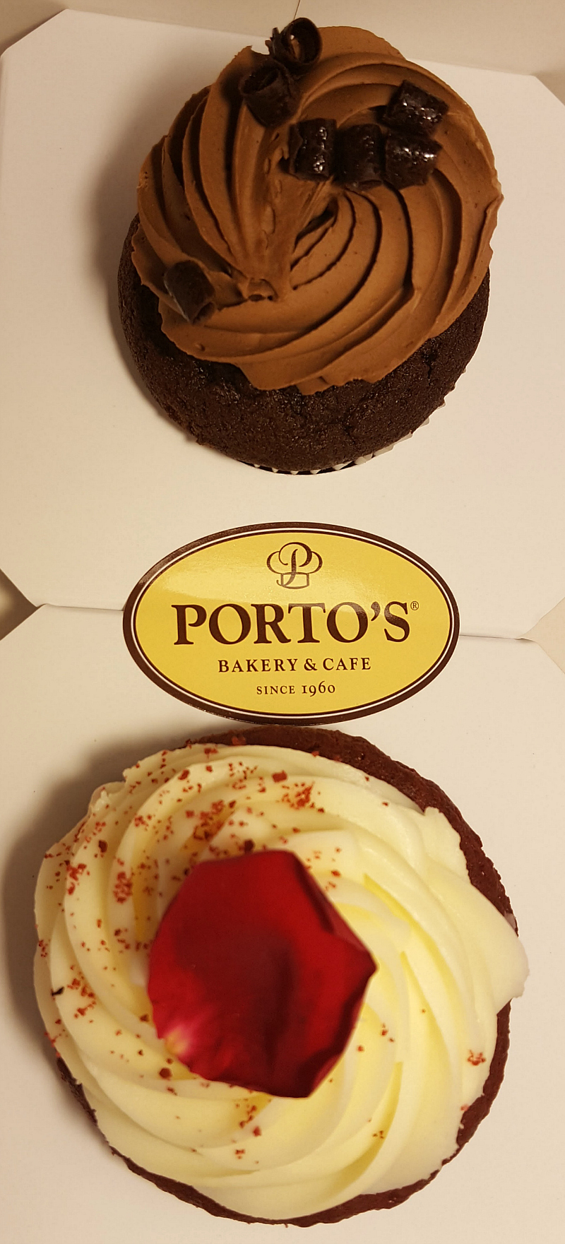 Porto's Bakery and Cafe Buena Park Cupcakes To Go