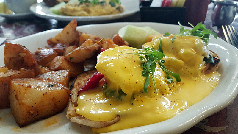 Little Mermaid Restaurant Solvang Eggs Benedict