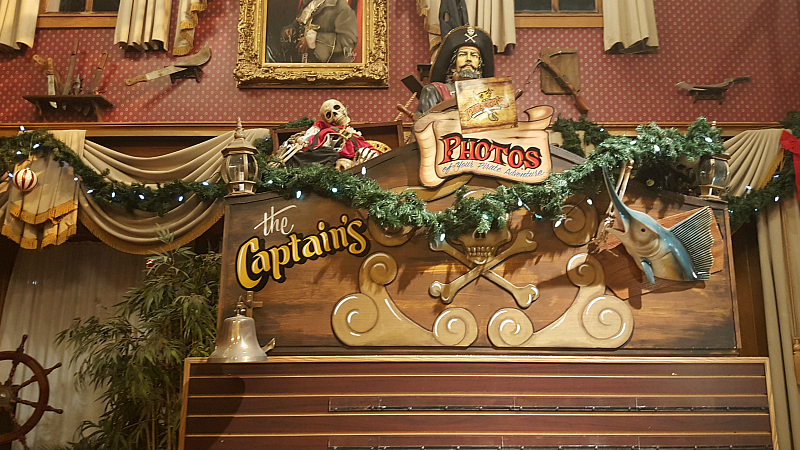 Pirates Dinner Adventure Christmas
