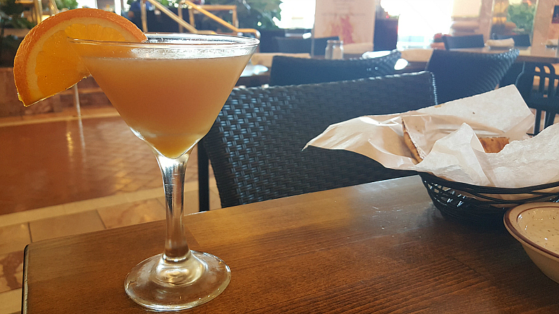 cocktail lunch southcoast plaza