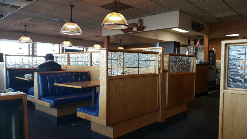 restaurant booths roadhouse