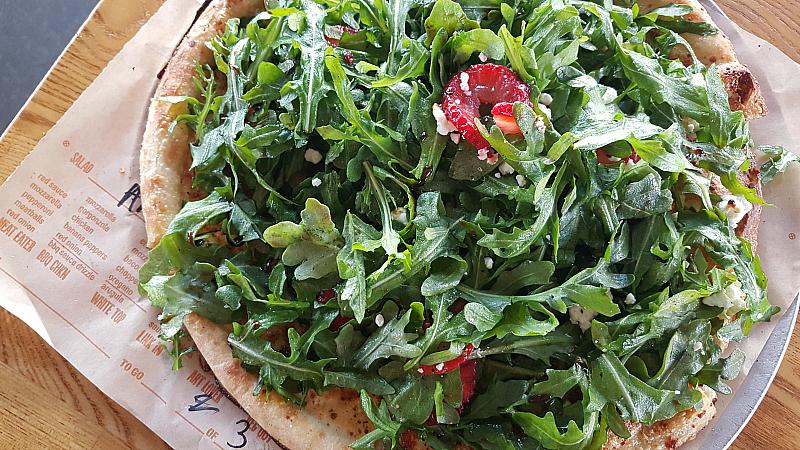 salad pizza blaze san clemente