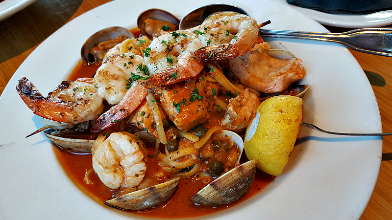 seafood pasta pacific grove