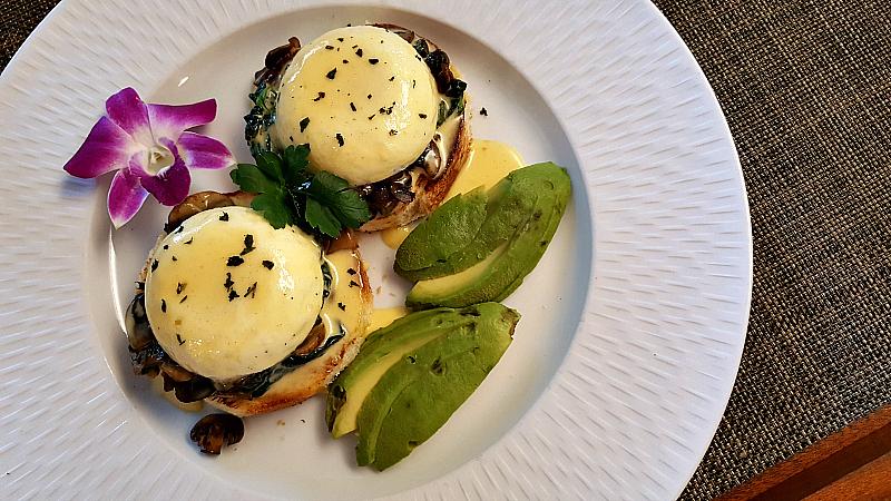 clement eggs benedict