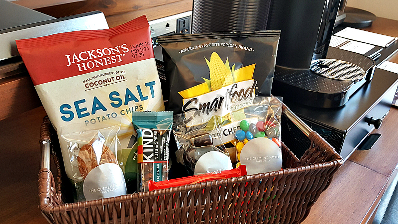 clement in room snack basket