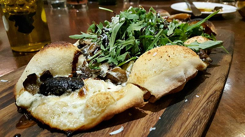 hyatt tusca mushroom flatbread