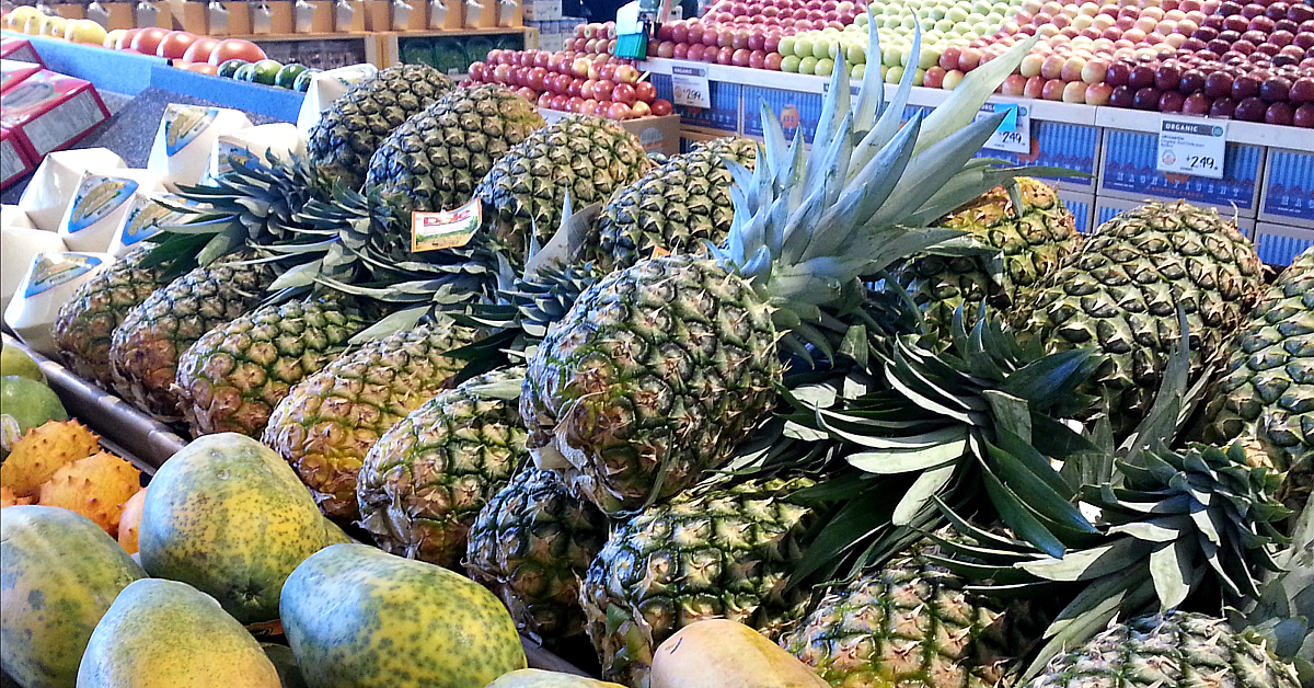 grocery store display pineapples