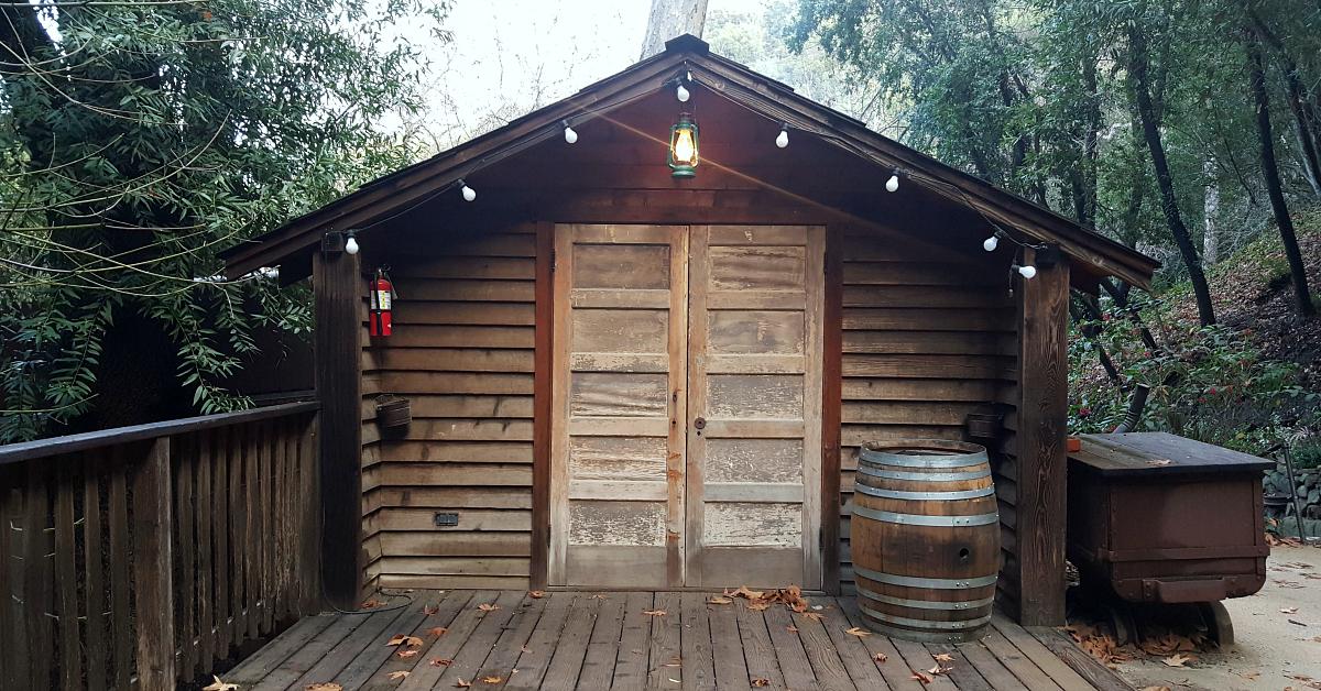 13 cold spring tavern