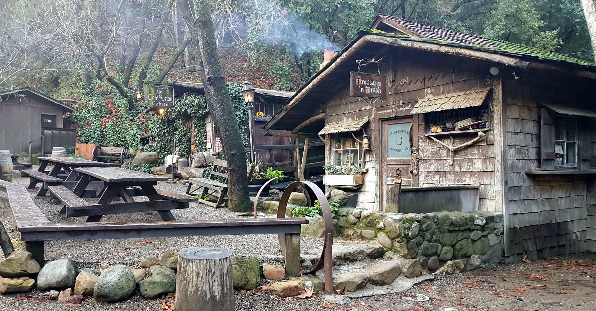2 cold spring tavern