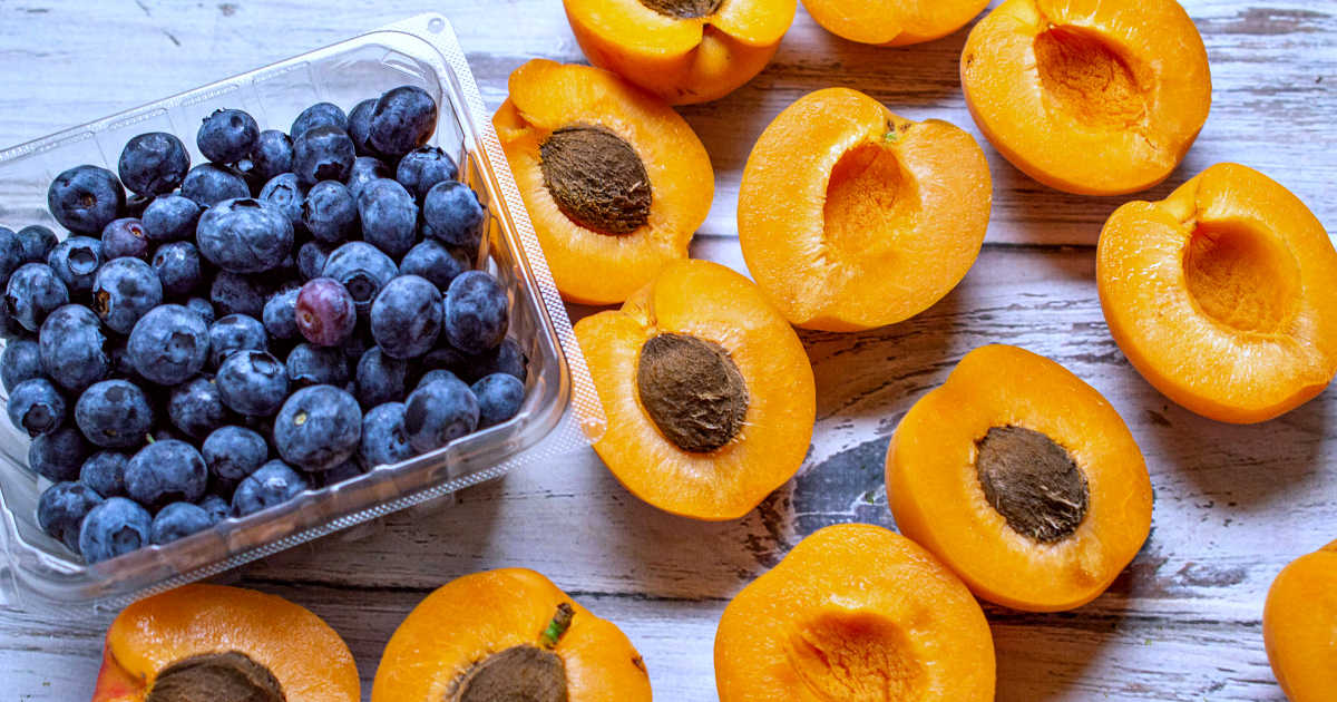 blueberries and apricot halves