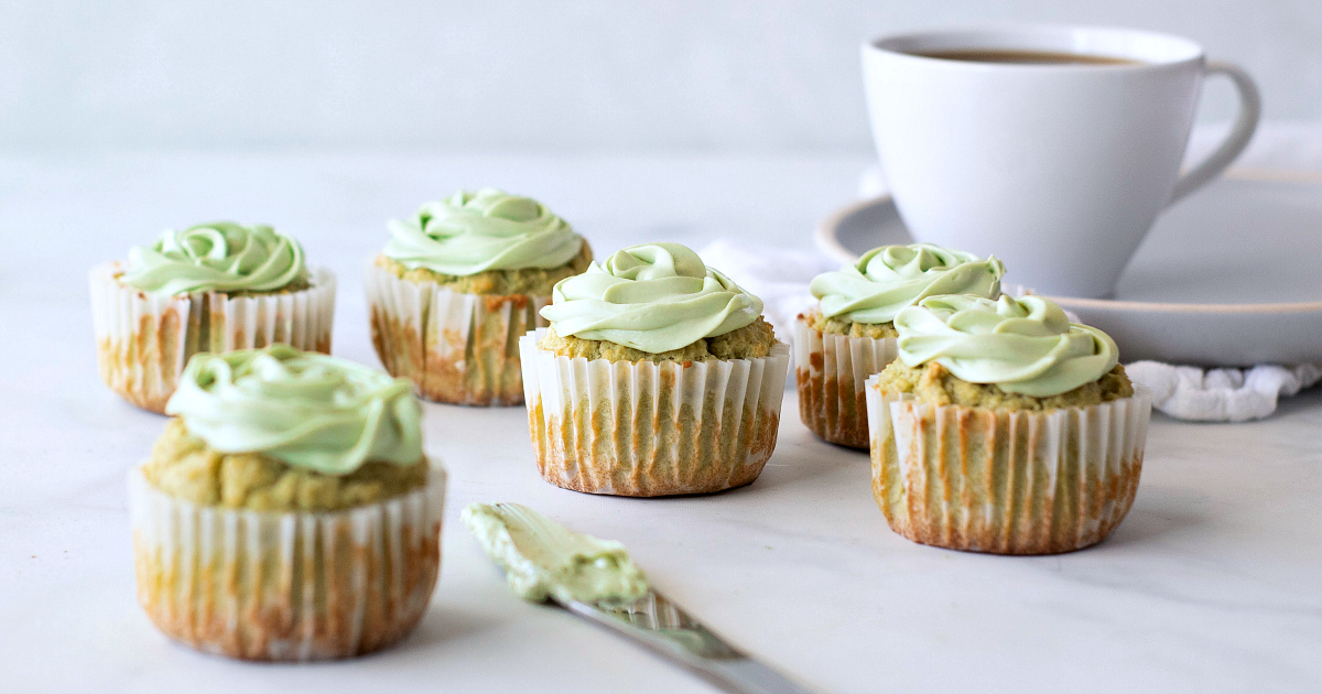 feature matcha cupcakes coffee cup frosting on knife