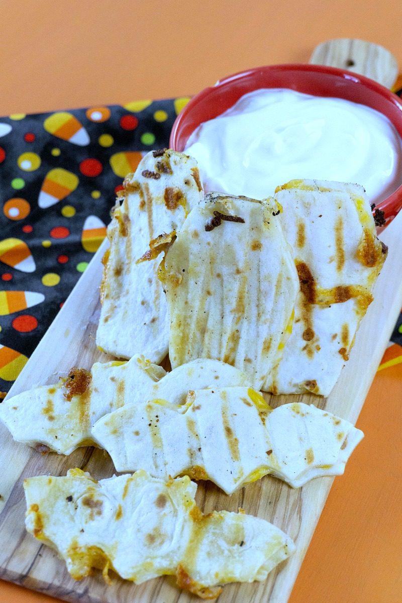 Spooky Halloween Quesadilla Recipe - Bats and Coffins! #halloween #halloweenfood #halloweenparty #quesadilla #partyfood #spooky #spookyfood #bat #bats #coffins
