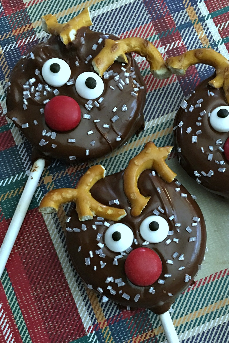 close up reindeer cookie pops