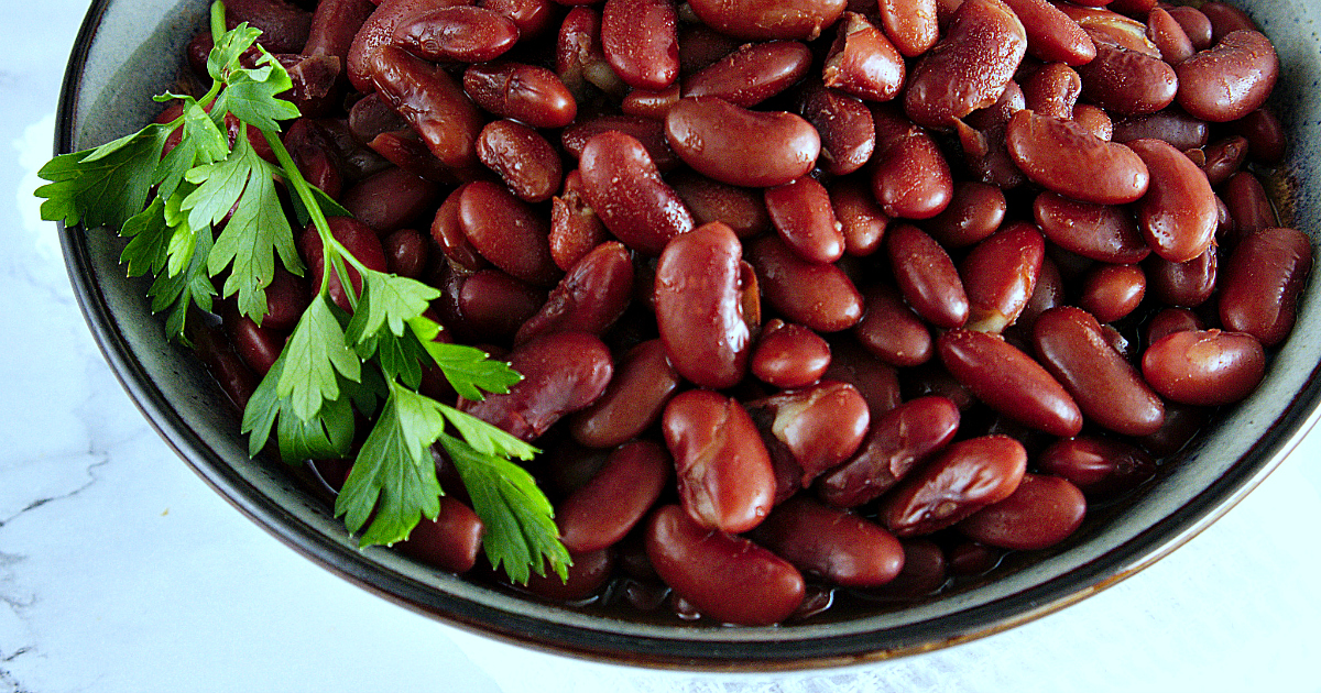 vegetarian red beans in bowl
