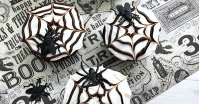 feature spider web cupcakes