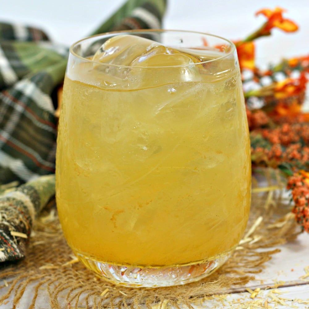insta pecan praline cocktail