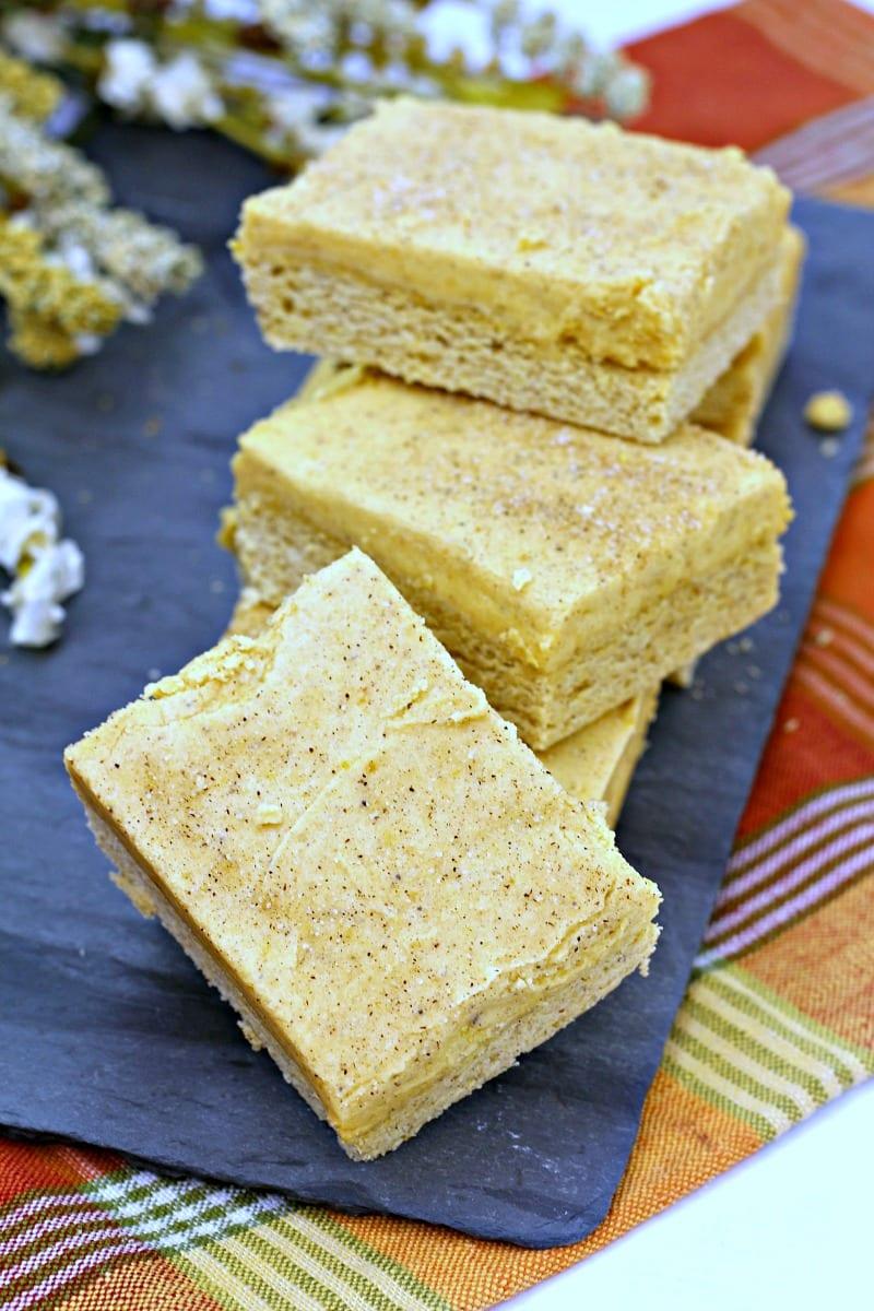 Cinnamon Frosted Pumpkin Bars Recipe #Pumpkin #PumpkinBar #PumpkinBars #PumpkinSpice