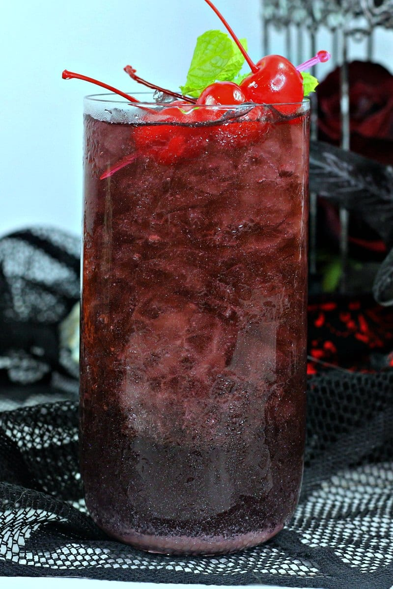 Halloween Bloody Rum Punch Recipe for your Halloween Party #Halloween #PartyPunch #HalloweenPartyIdeas #HalloweenPunch #HalloweenDrinks #Cocktail #HalloweenCocktail #RumPunch #PartyDrink #HalloweenParty