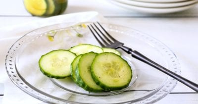 plate of cider vinegar refrigerator pickles