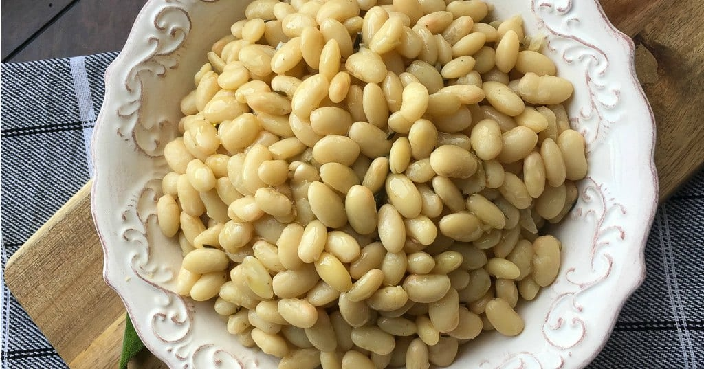 feature simple italian white beans in bowl