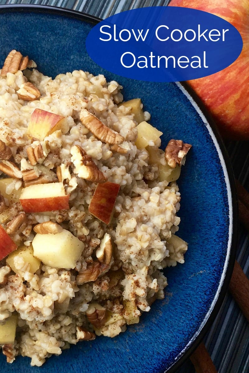Mornings are made for comfort food, so this simple apple cinnamon slow cooker oatmeal recipe is a wonderful way to start the day.