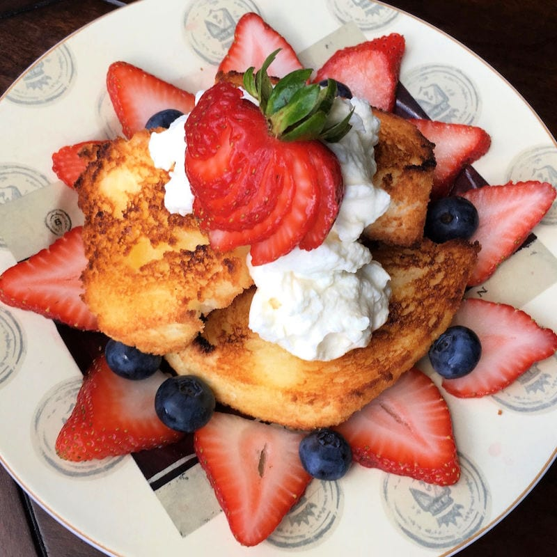 insta toasted angel food cake and berries