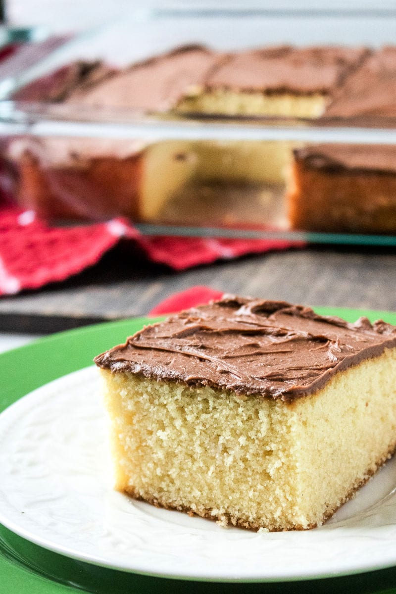 Classic Homemade Yellow Cake Recipe #CakeRecipe #CakefromScratch #YellowCake #YellowCakeRecipes