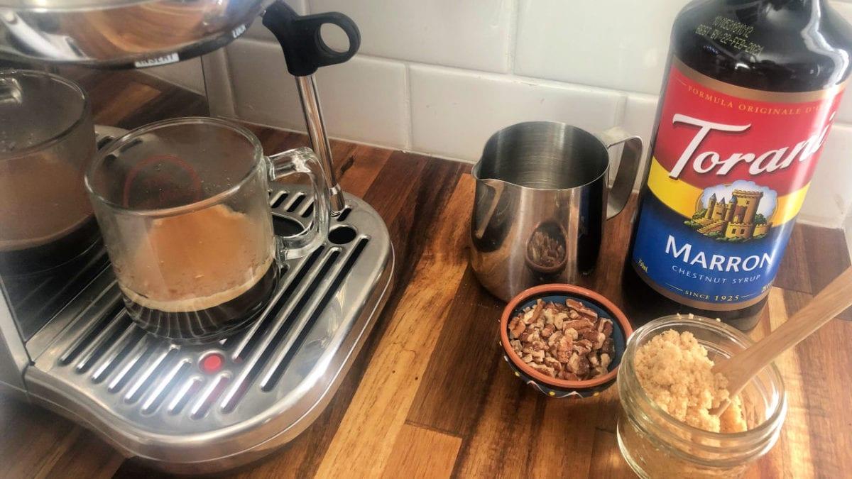 making a praline latte