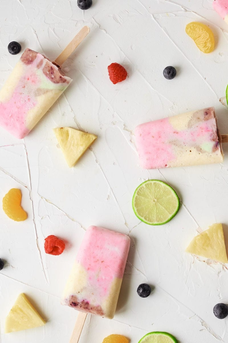 Rainbow Yogurt Popsicles Recipe #popsicles #popsiclerecipes #YogurtPopsicles