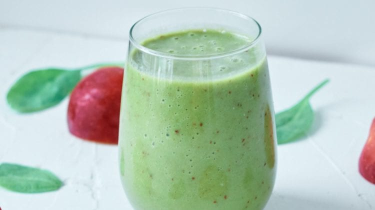 feature apple pie green smoothie