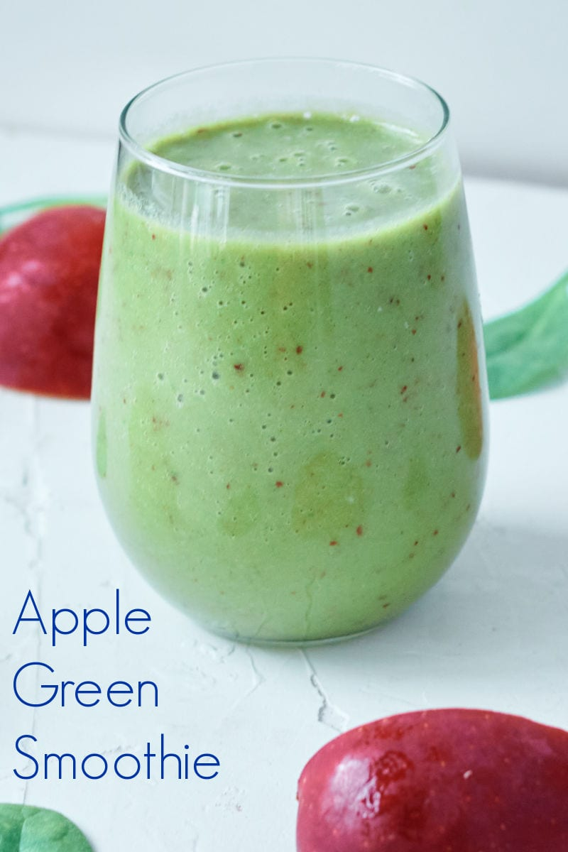 Apple Pie Green Smoothie Recipe #GreenSmoothie
