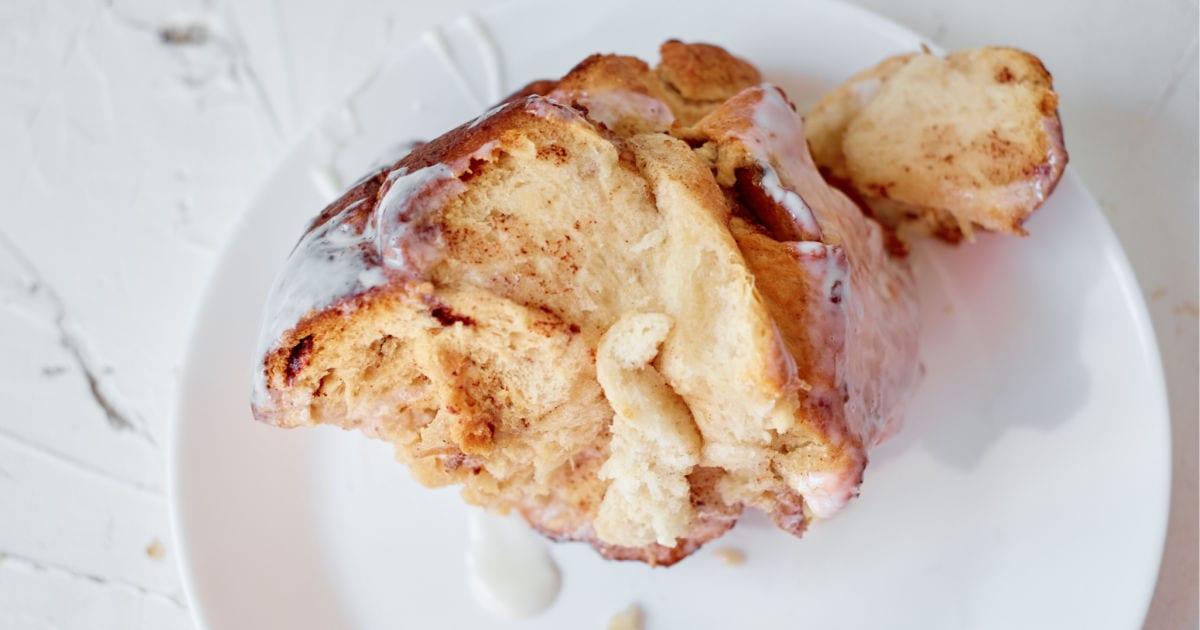 piece of apple pie monkey bread